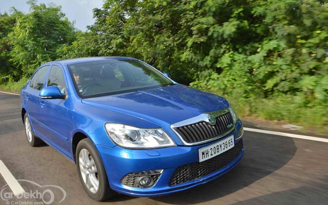 Skoda Laura Road Test Images