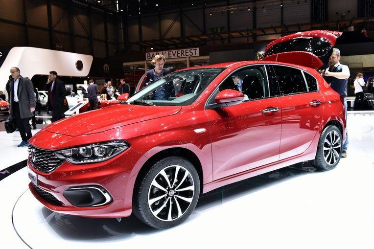 Fiat Tipo Hatchback Showcased At 2016 Geneva Motor Show Cardekho